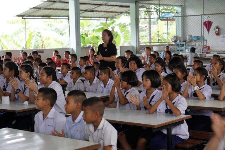 """CSR """"แทงค์น้ำใจให้น้องๆเยาวชน"""""""