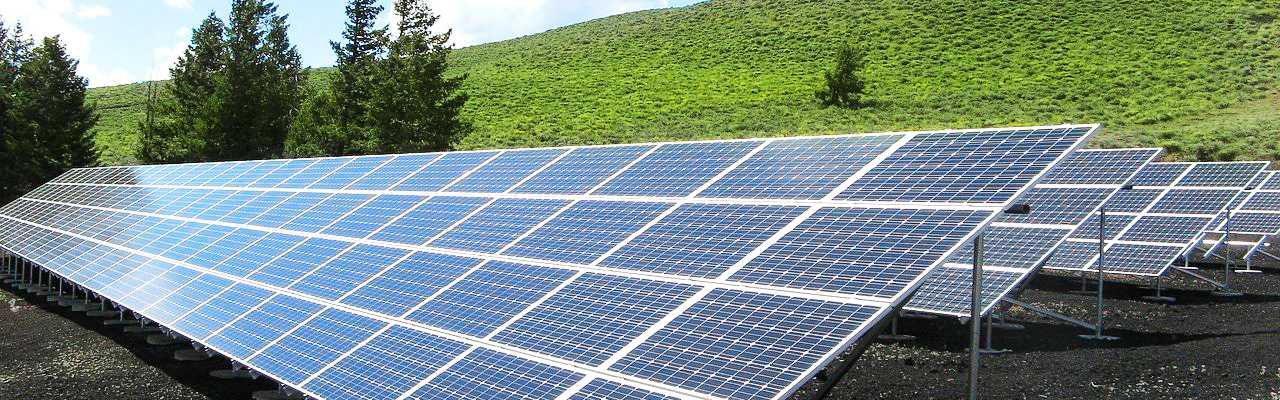 solar-panel-array-1591350_1280 (1)